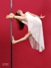 WEB-2019-05-27_Leandra-Pole-Dance0219-HDPS3
