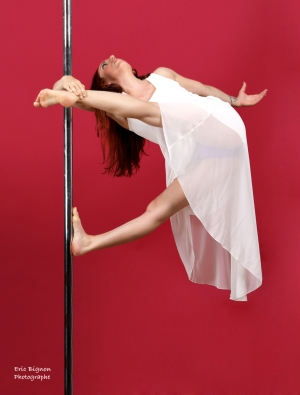 WEB-2019-05-27_Leandra-Pole-Dance0219-HDPS3